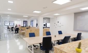 Studiu: Ritmul de scădere a cererii de birouri în Capitală s-a redus în al doilea trimestru