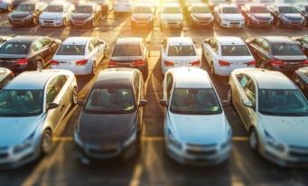 APIA: Înmatriculările de autovehicule noi au scăzut cu aproape 22% anul trecut