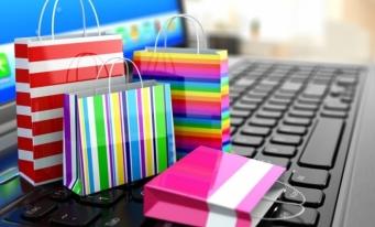 INS: 58,2% dintre persoanele care au folosit internetul au apelat la comerţul electronic, în 2020
