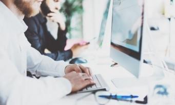 Președintele Iohannis a promulgat Legea prin care formatul electronic al Monitorului Oficial, Partea I și a II-a, va fi disponibil în mod gratuit și liber, permanent