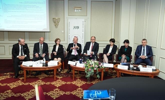 25 de ani de la înfiinţarea primei asociaţii bancare postdecembriste