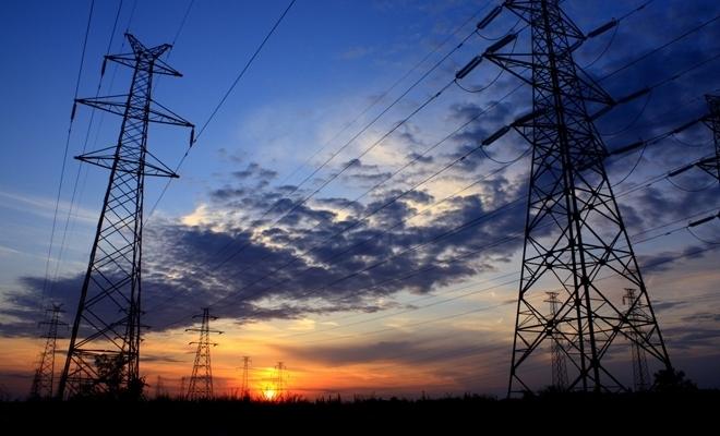 Consumul final de energie electrică, în scădere