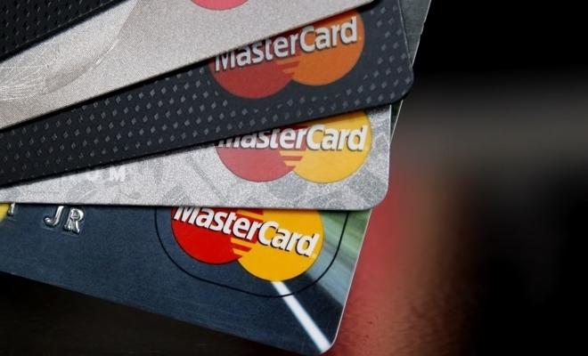 Studiu MasterCard: Facilitarea accesului la produse și servicii financiare, unul dintre principalele beneficii ale progresului tehnologic