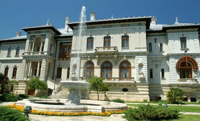 Palatul Cotroceni: consultări la nivel înalt