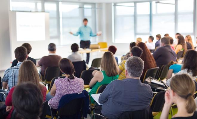 Filiala CECCAR Mureș: întâlnire pe tema oportunităților de finanțare pentru IMM-uri