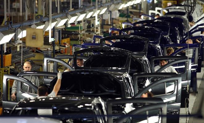 APIA: 359.306 autovehicule produse în România, în 2016