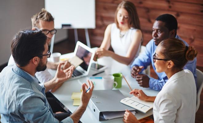 Afaceri și comunicare