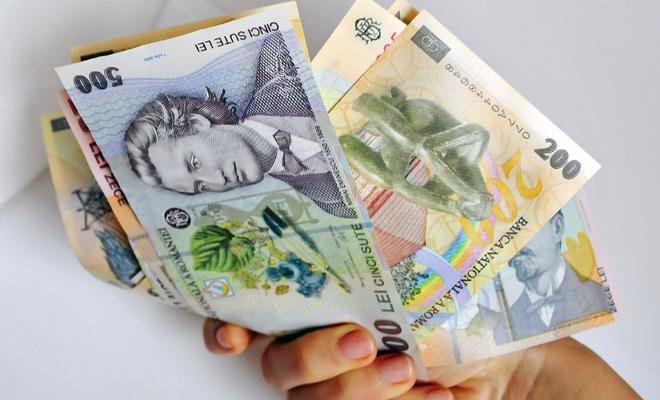 Câștigul salarial mediu nominal net, 2.392 lei în octombrie