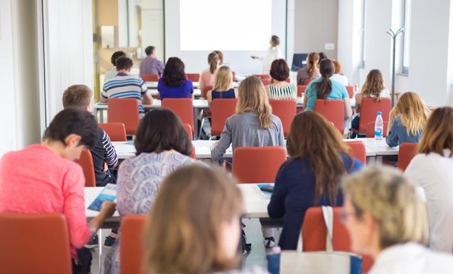 CECCAR Vaslui: Dezbateri privind transferul contribuțiilor sociale de la angajator la angajat