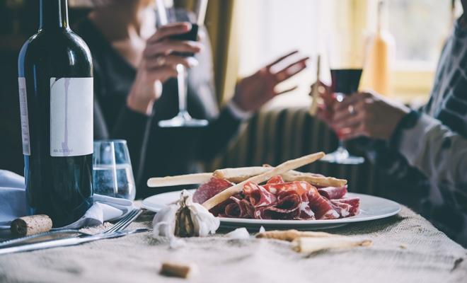 Hospitality Culture Institute: Valoarea pieței restaurantelor din București se ridică la 4,89 miliarde de lei