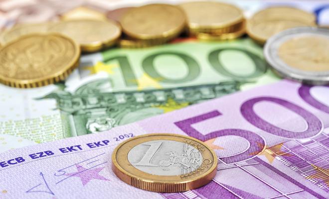 În curând, tranzacții în euro cu costuri mai mici în întreaga UE