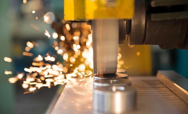 Producția industrială a crescut cu 7%, serie brută, în intervalul ianuarie-februarie 2018
