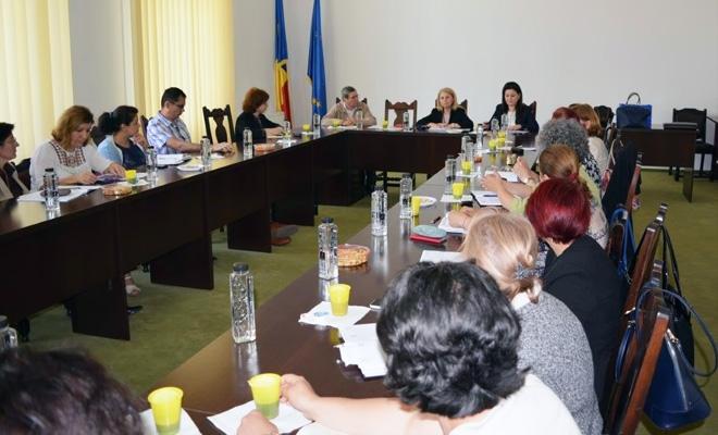 CECCAR Ialomița: Joi, 17 mai, seminare profesionale cu profesioniști contabili la Fetești și Slobozia