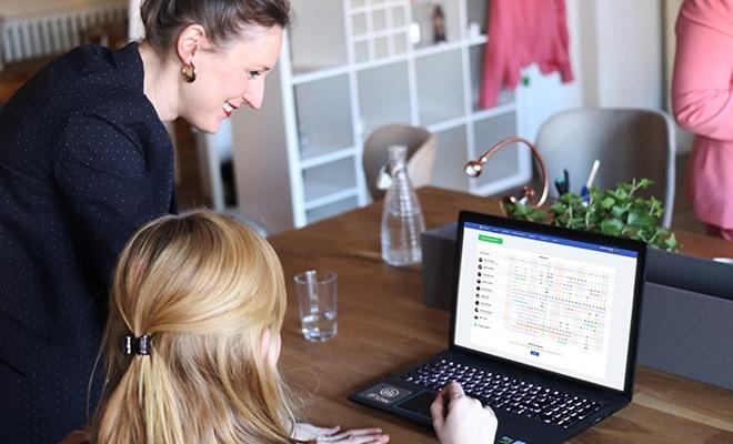 Program de pontaj online iFlow - O nouă soluție digitală îndrăgită de departamentele HR din cele mai mari companii