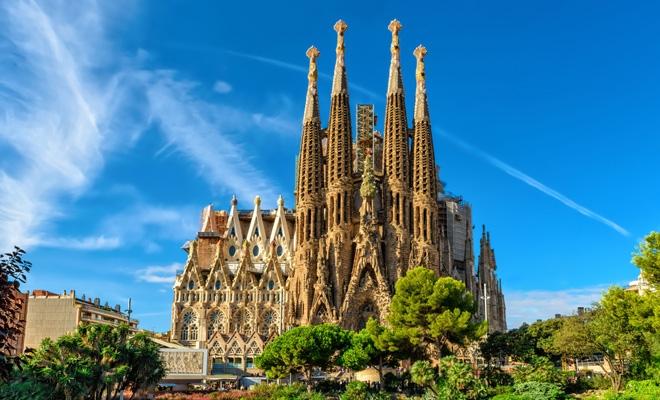 Sagrada Familia a primit permis de construcţie după 137 de ani