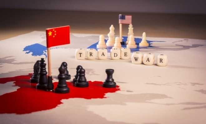 """FMI: Escaladarea războiului comercial dintre SUA şi China """"pune în pericol"""" redresarea economiei globale"""