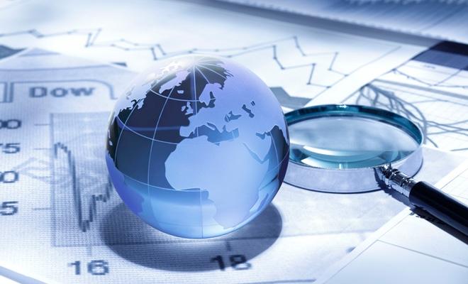 OMC reduce la jumătate prognozele privind creşterea comerţului mondial