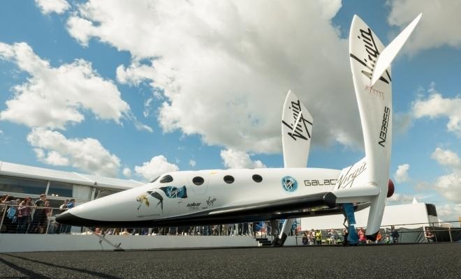 Virgin Galactic va fi prima companie de turism spaţial listată la bursă