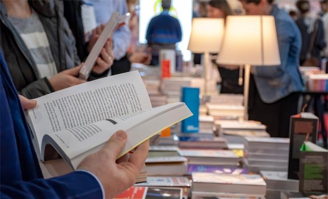 """Târgul GAUDEAMUS: """"O carte bună este o faptă bună"""""""