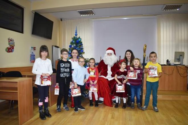 Moș Crăciun s-a oprit la Filiala CECCAR din Bacău