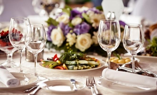 1,9% – ponderea cheltuielilor alocate de români pentru a lua masa în oraș