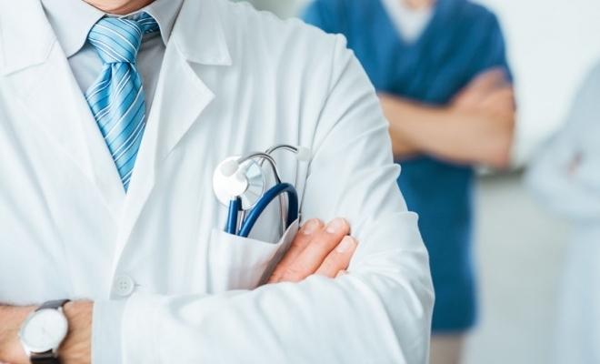 Ministerul Sănătății: Măsuri privind triajul epidemiologic, purtarea măștii de protecție și dezinfectarea obligatorie a mâinilor la locul de muncă