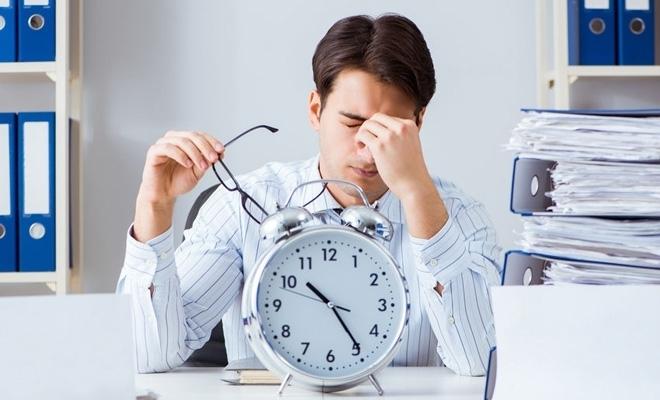 Studiu: La nivel global, peste o treime dintre angajați vor să lase în urmă programul de lucru standard 9.00-17.00