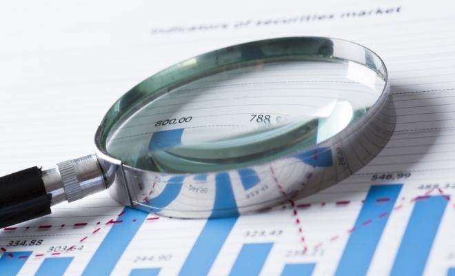 Şanse şi riscuri pe întregul drum de la macro la microeconomie şi retur