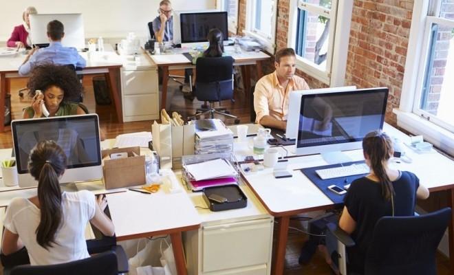 Sondaj: Aproape 88% dintre angajați consideră că birourile vor exista și în viitor, dar se așteaptă la o transformare