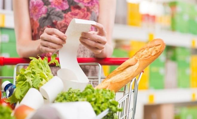 PwC: Peste 50% dintre consumatori sunt preocupați de economisire și sunt atenți la prețuri