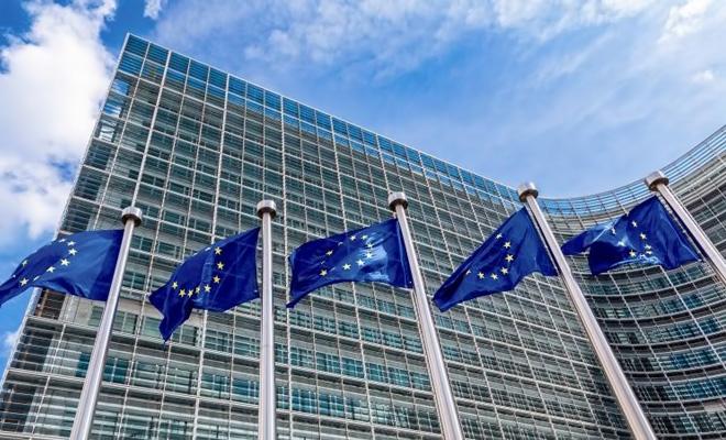 Comisia Europeană şi-a revizuit în scădere, la 3,6%, prognoza privind creşterea economiei României în acest an