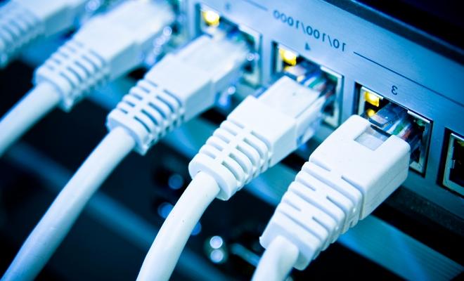 Trei sferturi dintre gospodăriile din România au acces la reţeaua de internet