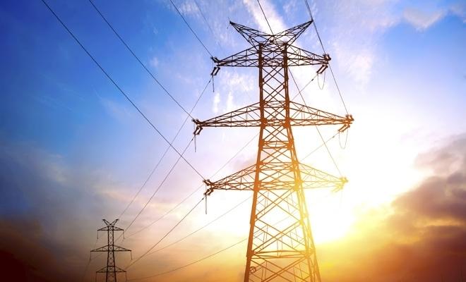 ANRE: Românii au stat fără electricitate aproape şapte ore în medie, anul trecut