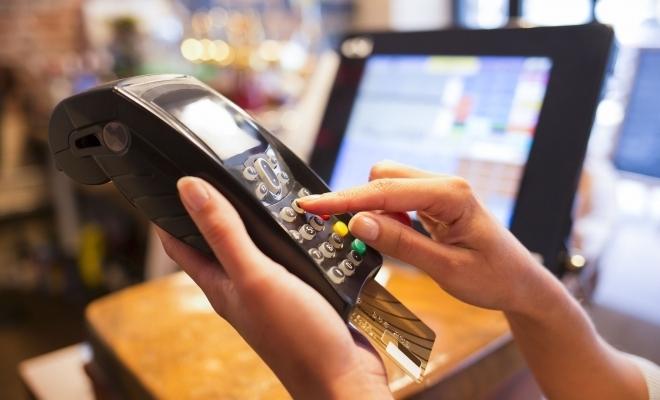 Noi reglementări la plata cu cardul
