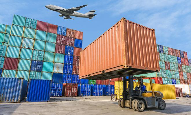 Deficitul balanței comerciale,14 miliarde euro, în primele zece luni