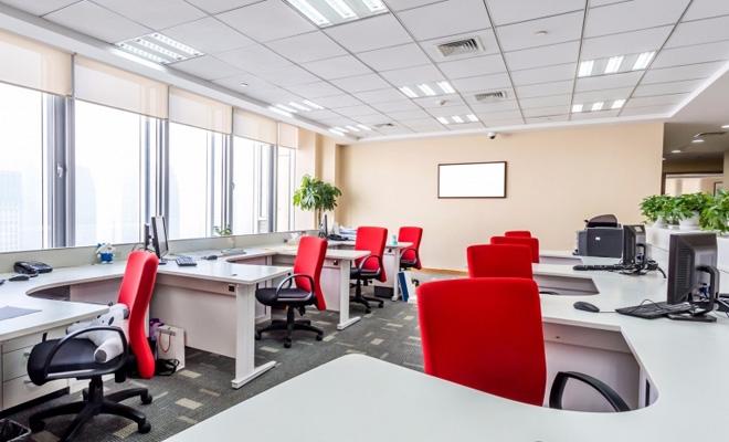 Creştere cu 7% a pieţei închirierilor de birouri în Bucureşti, în 2019