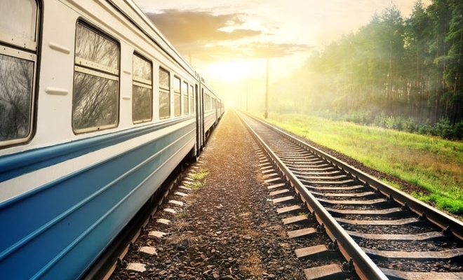CNAIR a lansat proiectul de amenajare a 246 de treceri la nivel ale drumurilor naţionale cu calea ferată