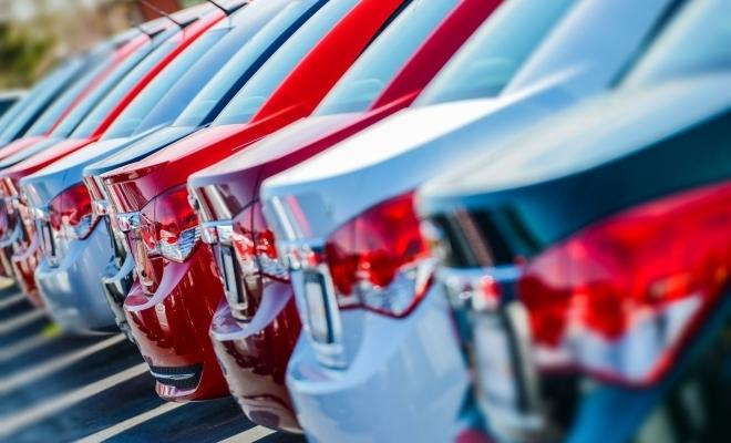 APIA: Piaţa auto din România a scăzut cu 29,6%, în primele patru luni