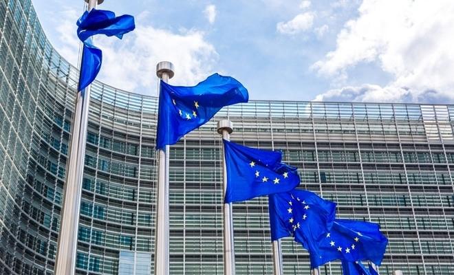 Comisia Europeană se angajează să doneze 300 milioane euro alianţei pentru vaccinuri – Gavi