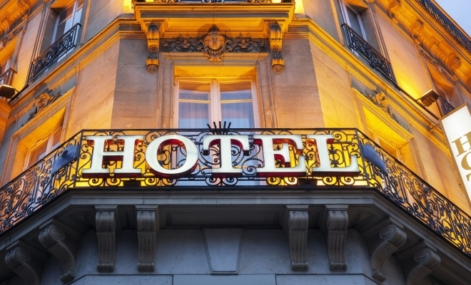 Piaţa hotelieră din România ar putea să îşi revină din toamnă; grad de ocupare de 50-60% la finalul acestui an