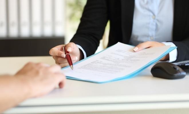 BAAR: Documentul de asigurare Carte Verde trebuie prezentat pe suport de hârtie în afara ţării, în cazul unui control