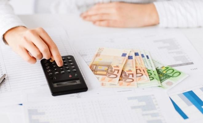 Procedura de decontare a sumelor pentru plata indemnizației privind acordarea unor zile libere pentru părinți în cazul suspendării cursurilor, publicată în Monitorul Oficial