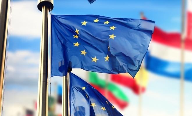 Eurostat: UE a înregistrat un excedent al balanţei comerciale de 25,8 miliarde de euro, în iulie