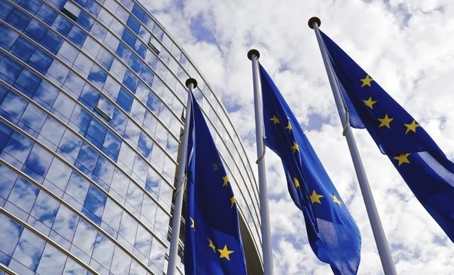 CE: Investiții în valoare de 1 miliard de euro pentru a stimula tranziția verde și digitală