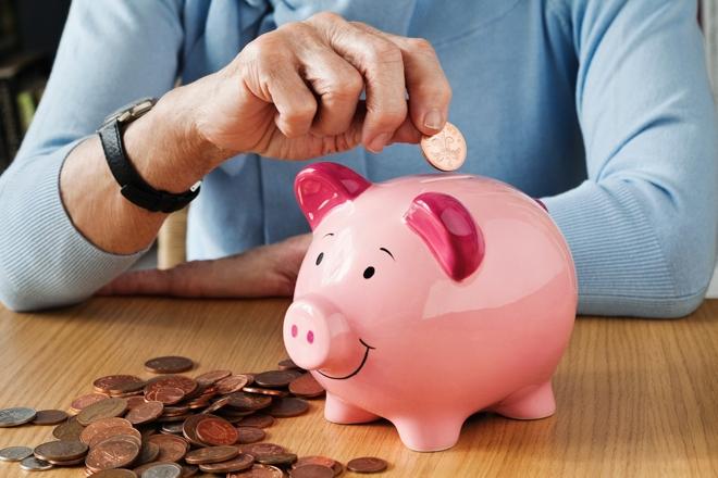 MMPS: Plata retroactivă pentru cel mult 6 ani de vechime în muncă și valorificarea unor informații din arhiva electronică pentru stabilirea pensiei, aprobate de Executiv