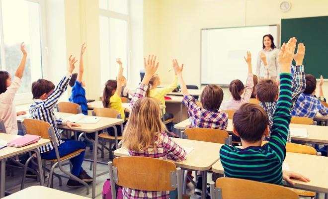 Eurostat: 5,2 milioane de profesori lucrau în învăţământul primar, gimnazial şi liceal din UE în 2018