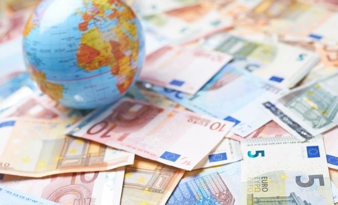 """Kristalina Georgieva (FMI): Situaţia economiei globale arată mai puţin dezastruos, ne aşteaptă o """"lungă ascensiune"""""""