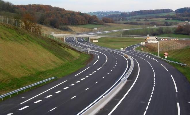 Ministrul Transporturilor a anunțat că săptămâna viitoare se va circula pe primul tronson din Autostrada Moldovei