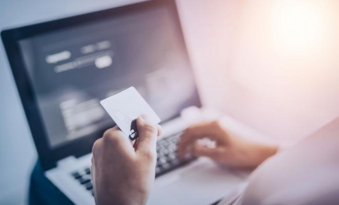 Legea privind extinderea categoriilor de plăţi care pot fi efectuate prin Sistemul naţional electronic de plată online, publicată în Monitorul Oficial