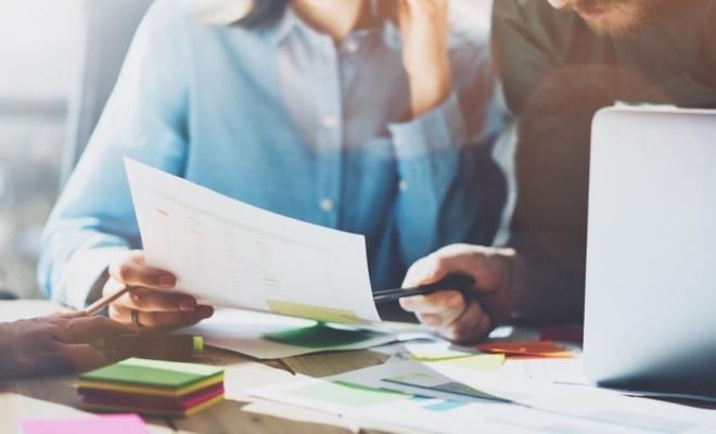 Cătălin Drulă: Guvernul a dezbătut în primă lectură proiectul de OUG privind participarea la licitaţii în domeniul achiziţiilor publice